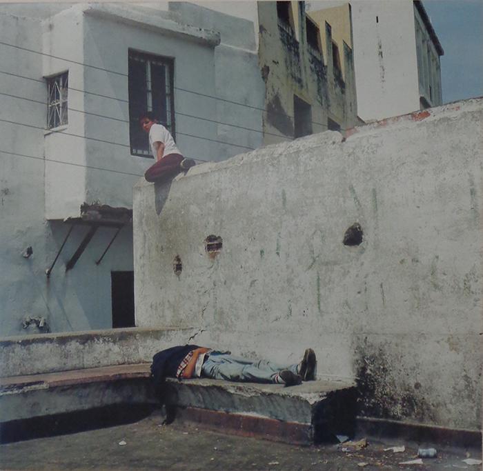 Yto Barrada, L'Homme qui dort #2, 1999, 60 x 60 cm