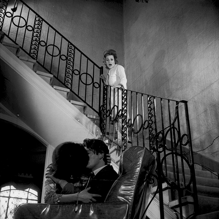 Antonio Caballero / Javier Rizzo y Sylvia Suarez, fotonovela para la revista Capricho, ca 1980 / Silver gelatin print / 100 x 100 cm / Ed. 3 ex.