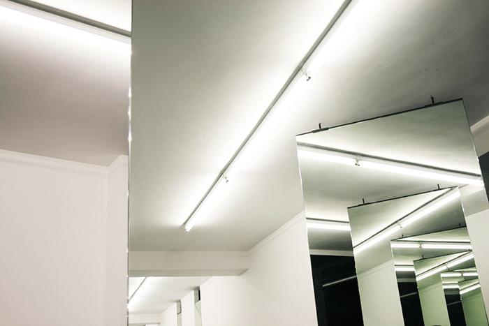 Odile Decq / Beyond Horizon / View installation, Silver mirors, Galerie Polaris / septembre 2011