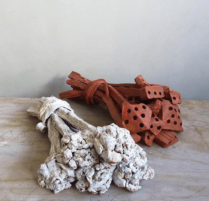 Clémence van Lunen / Bricks and Flowers # 26 and 27 / Grès émaillé – Glazed stoneware / 60 x 22 x 30 cm / Pièces uniques
