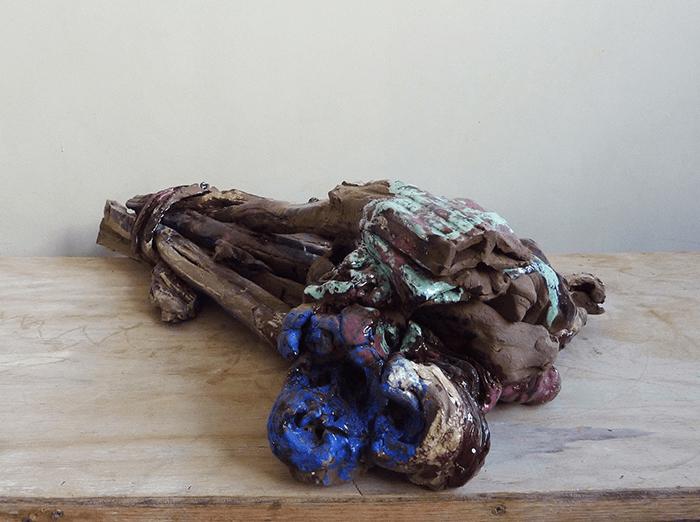 Clémence van Lunen / Bricks and Flowers # 36 / Grès émaillé – Glazed stoneware / 92 x 58 x 22 cm / Pièce unique