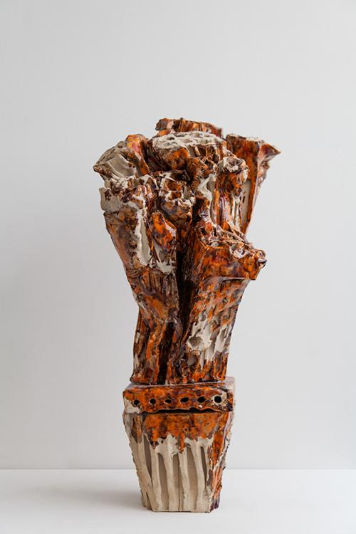 Clémence van Lunen / Cactus #9 / Grès, briques émaillées – Glazed stoneware / 83 x 44 x 36 cm / 2017