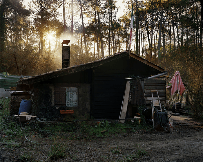 Louis Heilbronn / Cabin in the Woods, 2011 / 96,5 x 118 cm / Digital C-print / 2012