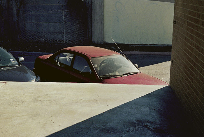 Louis Heilbronn / Car, Austin, Texas, February 2013 / Digital C-print / 23 x 30,5 cm / 2013
