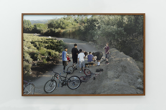 Louis Heilbronn / Neighborhood Kids / Ink jet print / Ed. of 3 / 100 x 175 cm / 2017