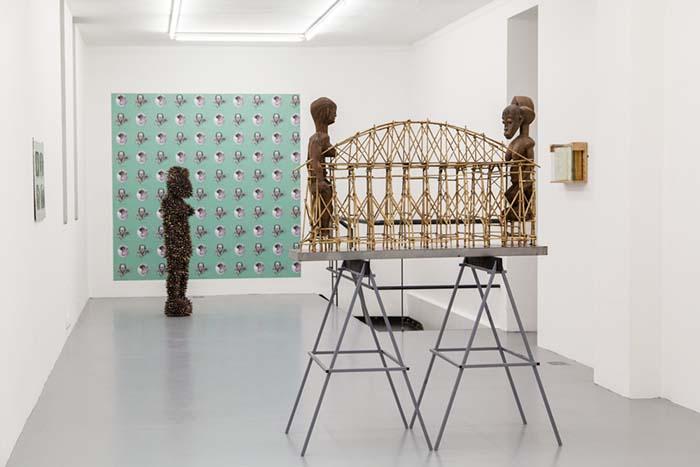 """Harald Fernagu, vue de l'exposition """"L'Hypothèse Dogon"""" à la Galerie Polaris,  du 21 novembre 2019 au 9 janvier 2020 © Pharoah Marsan"""