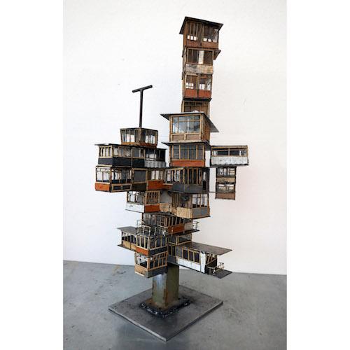 Harald Fernagu / As we go alone 2 / Technique mixte, ecosculpture / 74 x 40 x 37 cm / 2020